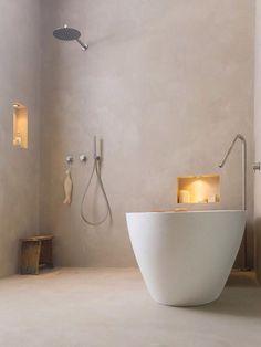 Betonlook? waterdicht stucwerk in badkamers? Kies voor microcement! Microcement kan uitstekend in badkamers worden toegepast over uw bestaande wand of vloertegels heen! In onze showroom presenteren wij de diverse kleuren. #naadloze badkamer wanden of vloeren? Bezoek onze showroom op afspraak  Presikhaaf Vlamoven 7, Arnhem 0263618331
