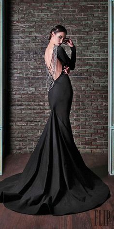 33 Beautiful Black Wedding Dresses That Will Strike Your Fancy - Kleider - Hochzeitskleid Black Wedding Gowns, Fancy Wedding Dresses, Wedding Dress Styles, Elegant Dresses, Sexy Dresses, Vintage Dresses, Fashion Dresses, Summer Dresses, Formal Dresses
