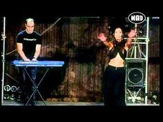 Δ.Κοργιαλάς/Κ.Μουτσάτσου - Μια φορά (Mad Video Music Awards 2004)