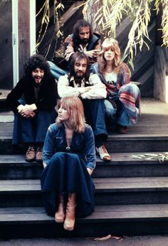Photo of Fleetwood Mac for fans of Fleetwood Mac 5793521 Lindsey Buckingham, Buckingham Nicks, Music Love, Rock Music, Members Of Fleetwood Mac, Stevie Nicks Fleetwood Mac, Bohemian Girls, Idole, Beautiful Voice