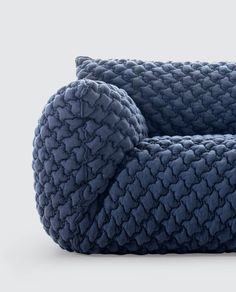 IndustrialDesigners.co |  Paola Navone  - Nuvola 09 Easy Chair