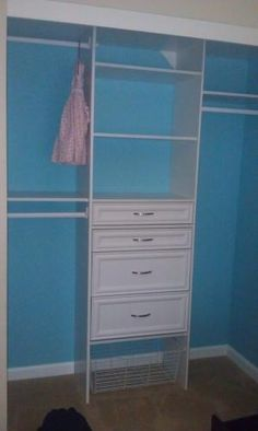 Selectives 25 In. White Custom Closet Organizer