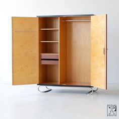 30s Cabinet - Image 2