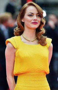 Emma Stone's Yellow Dress in La La Land | POPSUGAR Fashion