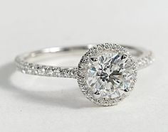 lets just face it.. i love rings.. i love sparkle.