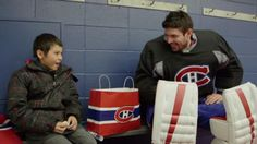 Before Montreal Canadiens star goaltender Carey Price showed off his lighter side to a kid with an impromptu selfie, there was a meeting with Trent Leon that gave the B., boy a thrill of a lifetime. The meeting also got Price choked up. Chicago Blackhawks Players, Blackhawks Hockey, Hockey Players, Montreal Canadiens, Descente Ski, Protection Moto, Course Moto, Hockey Boards, Hometown Heroes