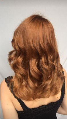 Trendy Hair Color Highlights For Redheads Copper Ideas Hair Color Auburn, Hair Color Highlights, Auburn Hair, Ombre Hair Color, Strawberry Blonde, Red Hair Looks, Blonde Lace Front Wigs, Medium Hair Cuts, Ginger Hair