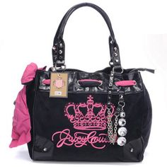 Pink Black Juicy Bag http://www.jc-outlet.com/juicy-couture-daydreamer-crest-crystal-pendant-black-handbags-p-78.html