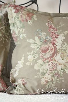 Designer Bedding Sets On Sale Info: 7300290043 Euro Pillows, Euro Pillow Shams, Diy Pillows, Bedding Sets, Pillow Cases, European Pillows, European Home Decor, Sewing Projects For Beginners