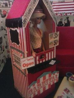 HUGE-DIORAMA-Barbie-lot-CIRCUS-CARNIVAL1-6-scale-OOAK-Clothes-shop-playset-LOOK