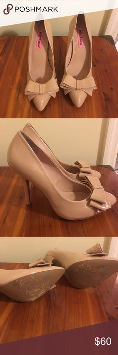 Betsey Johnson Nude Bow Heels Betsey Johnson Nude Bow Heels. Size 8. Worn a few times. No signs of wear except for the bottoms. Writing on bottom was there when purchased. Betsey Johnson Shoes Heels