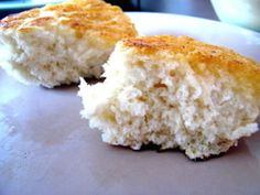 Luskinikn (pronounced loo-skin-i-gen) is the east coast or Mi'kmaq version of west coast bannock. It is a wonderful no yeast, rustic, quick bread. There are many recipes out there for bannock and our east coast version called luskinikn. They all contain the same basic elements, flour, baking