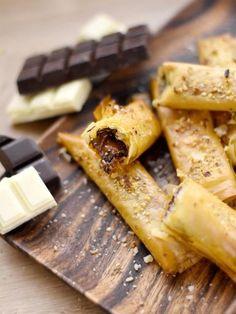 Sticks croustillants au chocolat fondant : Recette de Sticks croustillants au chocolat fondant - Marmiton