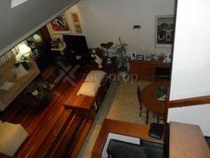 Casa en Venta 3 Dorm. 8 E/ 64 y 65, Gba Sur - ZonaProp