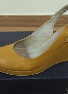 Kup mój przedmiot na #vintedpl http://www.vinted.pl/damskie-obuwie/platformy/12547599-buty-skorzane-rylko-kolekcja-2015-platformykoturny