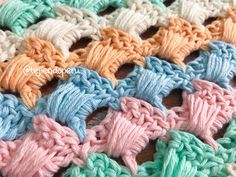 This is beautiful quilted stitch creates a very solid fabric for blankets. Learn to crochet quilted stitch which provides a fabulous look to any project you choose to form in future. Crochet Cross, Crochet Chart, Filet Crochet, Crochet Motif, Crochet Flowers, Crochet Stitches Patterns, Crochet Designs, Quilt Stitching, Crochet Squares