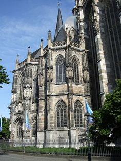 Aachen Cathedral Aachen, Germany , 792 to 805 Aachen Cathedral, Cathedral Basilica, Romanesque, Kirchen, Barcelona Cathedral, Aachen Germany, Opera, Places To Go, Travel Europe