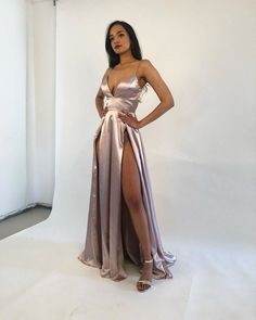 Silver Prom Dresses Split Front Evening Party Dresses #beautylady #prom #promdress #promdresses #silver #evening #eveningdress #eveningdresses #fashion #womensfashion A-line Prom Dresses,Tulle Prom Dresses,Appliques Prom Dresses