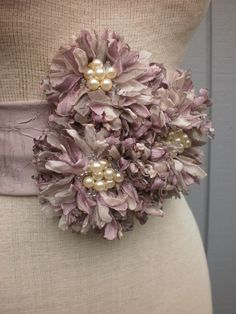 Bridal Sash With three Unique Design Flowers Mais