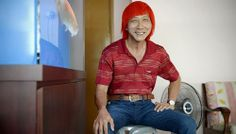 Video on delivery man Ng Tee Kia, who often stops traffic - with his fiery red hair. For 48 Singaporean Seconds: An audio-visual tribute to Singaporeans who have made this little red dot their home. Watch at http://www.straitstimes.com/ndp2013 Photo: Desmond Lim/The Straits Times