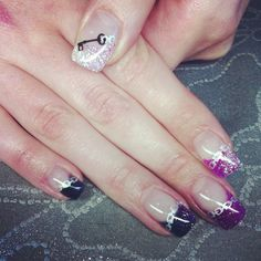Chain and key black to purple to silver fade gel nail art