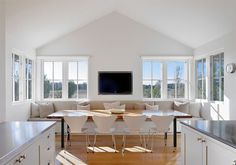 Examine what it is about country decor that is so appealing and use this example to show how these elements can be incorporated into a modern minimalist setting