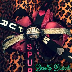 San Antonio Spurs bow by DeadlyDesserts on Etsy, $10.00