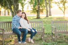 Yay! You're engaged! But when do you schedule your engagement session? There are a few things to consider and I'm sharing them here!  Knoxville Wedding Photographer   Melinda Sheree Photography