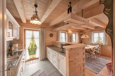🌟Tante S!fr@ loves this📌🌟Swap the counter for the counter with the sink so you don't look at the wall while doing dishes Cabin Homes, Log Homes, Barn Loft Apartment, Cottage Design, House Design, Chalet Design, Cabin Kitchens, Wooden House, House In The Woods