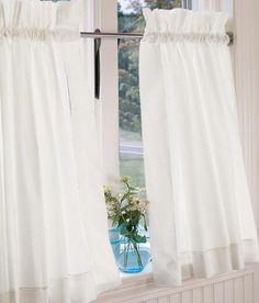 Find your favorite Country Curtains and drapes, kitchen valances, lace and sheer curtains, energy efficient thermal door panels and other window treatments at the Vermont Country Store. Cottage Curtains, Country Curtains, Cafe Curtains, Modern Country, Modern Farmhouse, Kitchen Valances, Tier Curtains, Panel Doors, Curtain Rods