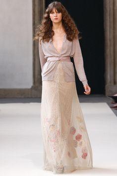 Luisa Beccaria Spring 2011 Ready-to-Wear Fashion Show - Nicole Hofman