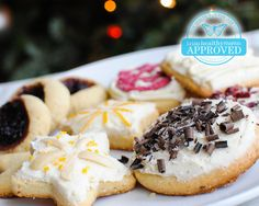 Trim Holiday Cookies (S) - Old Saint Nick probably wouldn't be known for his round belly if he indulged in Trim Healthy Mama's Trim Cookies instead of those sugar-laden cookies he's known for requesting! No need for THMs to be left out of holiday festivities!