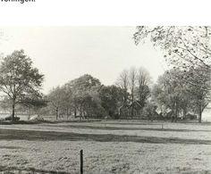 Voorzijde van de inmiddels afgebroken boerderij aan de Zuidbroeksweg nr. 8 waar destijds de familie G.W. Slettenhaar-Koetsier woonde. Vermoedelijk jaren '60.