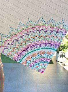 Easy Mandala Drawing, Peacock Drawing, Mandala Doodle, Simple Mandala, Mandala Art Lesson, Dibujos Zentangle Art, Doodle Art For Beginners, Doodle Art Designs, Simple Doodles