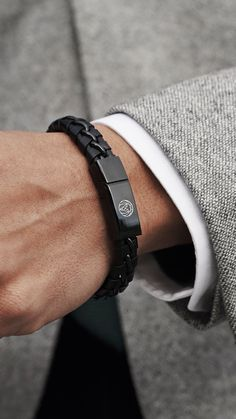 A relaxed look for everyday wear, this lightweight genuine black leather wristband instantly adds personality to any ensemble. Vintage pleated style meets a modern stainless steel clasp in this cool male accessory. The inbuilt magnetic lock makes fasteni Mens Ring Designs, Cute Car Accessories, Men's Fashion Accessories, Mode Man, Leather Wristbands, Black Leather Bracelet, Bracelet Cuir, Bracelet Men, Apple Watch Bands