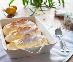stuttgartcooking: Salzburger Nockerln No Bake Desserts, Delicious Desserts, Dessert Recipes, Wine Recipes, Cooking Recipes, Muffins, Weird Food, How Sweet Eats, Soul Food
