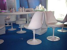 #鬱金香椅與椅凳 - L.U.C.I 彩妝新品發表