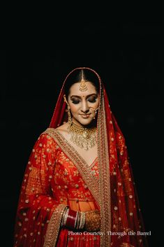 #triptirastogi #nudelips #smokyeyes #bridallook #weddinglook #makeupartist #makeup #mua #bridalbeauty #bridalmakeup #bridaldiaries #makeupforever #makeupart #beautymakeup #instamakeup #weddingsutra #makeupaddict #makeuplover #makeuplove #weddingmakeupideas  Tripti Rastogi, Makeup Artist, Nude Lips, Smoky Eyes, Bridal Look Indian Wedding Planning, Wedding Planning Websites, Wedding Looks, Bridal Looks, Bridal Beauty, Bridal Makeup, Mauve Makeup, Mehndi Ceremony, Advice For Bride