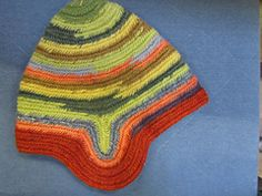 Ravelry: merwi's nalbinded hat, natural dyed
