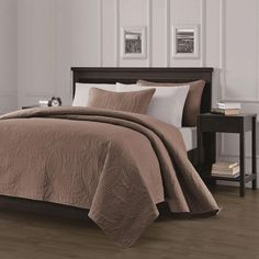Queen Oversized Bedspread Coverlet Set 2 Shams Bedspreads Bedding Sets Taupe  #ChezmoiCollection #Modern