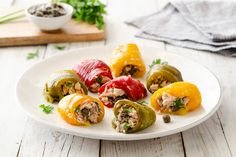Involtini di peperoni al tonno Blue Zones Recipes, Zone Recipes, Cooking Recipes, Food Therapy, Fett, Sushi, Food And Drink, Rolls, Stuffed Peppers