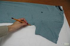 How to Make a T Tunic for a Renaissance Fair: 8 Steps