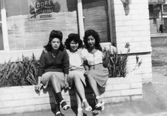 Everything about Lucy Fonseca (L) from her hair to her socks/sandal footwear combination is striking to me. Here she is posing with Ramona Fonseca (C) and Annie Madalena (R) in 1943