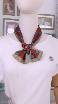 Diy Fashion Scarf, Diy Fashion Hacks, Fashion Scarves, Fashion Outfits, Women's Fashion, Fashion Tips, Ways To Tie Scarves, Ways To Wear A Scarf, How To Wear Scarves