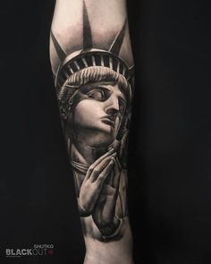 """f7242ee7c07 BLACKOUT Tattoo Collective on Instagram: """"Statue of Liberty by @lekatattoo  #blackouttattoocollective #lekatattoo"""