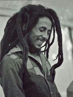 Bob Marley | (#Canto_Que_Dança) começou a partir de Redemption Song!