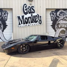 Gas Monkey Ford GT slammed on air-ride