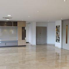 #muebles #enchape #blanco #iluminacion   Ubicación: Medellín / Poblado  Cliente: Sector Privado  Tipo de intervención: Diseño Interior y Construcción Área de Intervención: 380 m2 Periodo: 2014-2018 Photo And Video, Instagram, White People, Architecture, Furniture, Interiors, Blue Prints