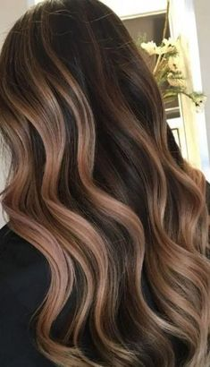 Hair color highlights for brunettes balayage salons 33 ideas 21 Brown Hair Balayage, Brown Blonde Hair, Balayage Brunette, Black Hair, Medium Hair Styles, Curly Hair Styles, Medium Length Hair With Layers, Hair Layers, Hair Color Asian