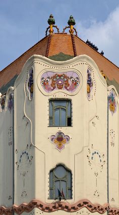 Kecskemét - Cifrapalota (Cifra Palace), Hungary Art Nouveau Architecture, Amazing Architecture, Art And Architecture, Architecture Details, Streamline Art, Balcony Doors, Palace Interior, Art Deco Home, Unusual Art
